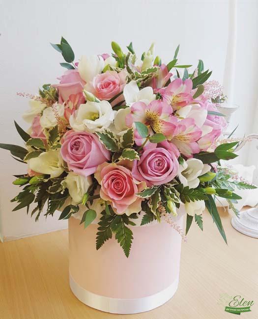 Коробка цветов Сладость