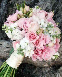 Букет невесты цена с доставкой по Киеву