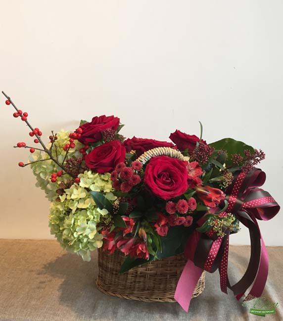 """Корзина цветов """"Радостный Миг"""""""