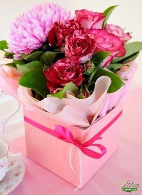 Коробка цветов Комплимент