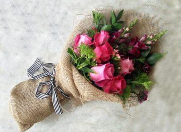 Советы как долго сохранить розы в вазе с водой