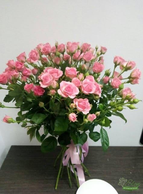Букет из эустомы и голландских роз
