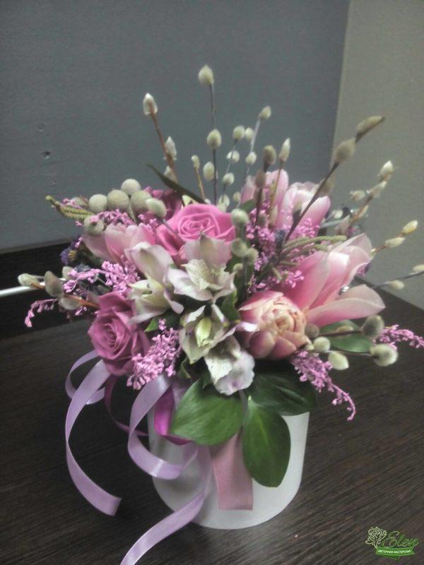 Из роз и тюльпанов Шляпная коробка