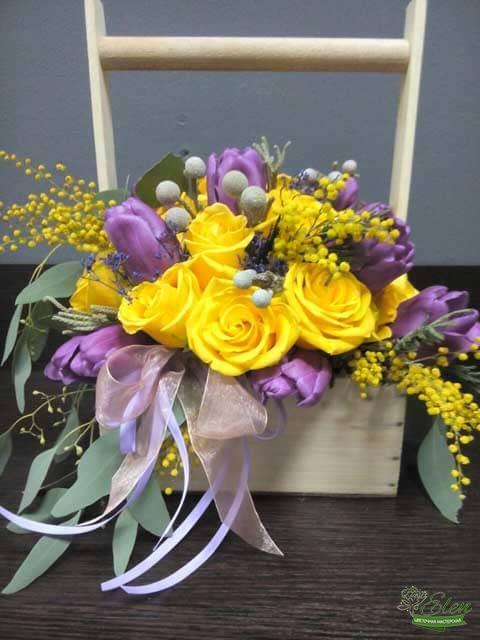 Из роз и тюльпанов - композиция Серенада