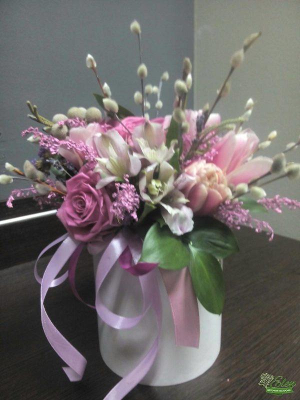 Киев коробка из роз и тюльпанов