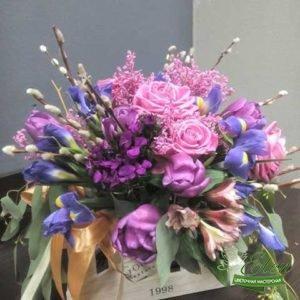 Композиция цветов Моя Единственная будет отличным подарком для ценителей экзотических цветов.