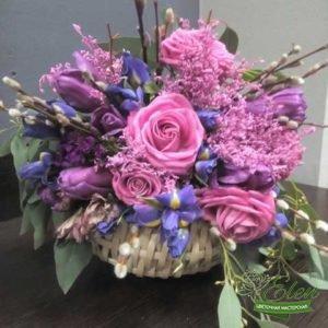 Корзина цветов Розовое Облакоэто изысканный подарок для каждой женщины.