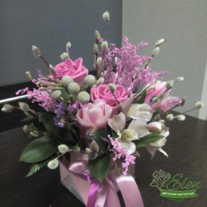 Цветочная композиция Розовый Райот цветочной мастерской Elen,порадует любого получателя даже в будничный день.