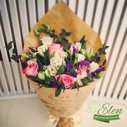 Букет из роз и эустомы Миг Счастья
