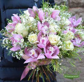 Букет из роз и орхидеи Доброе Утро