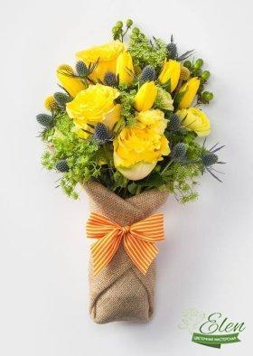 Букет из желтых роз и тюльпанов Солнечный