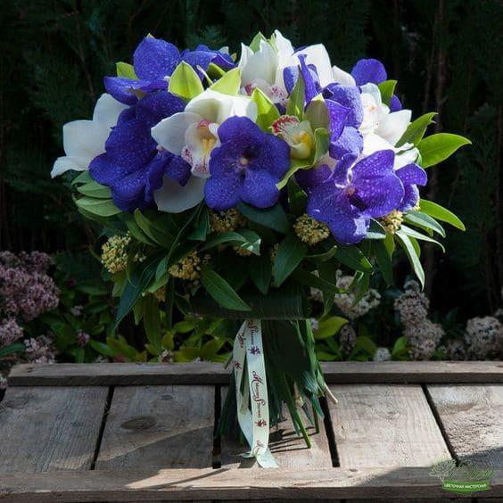 Букет орхидей Северное сияние