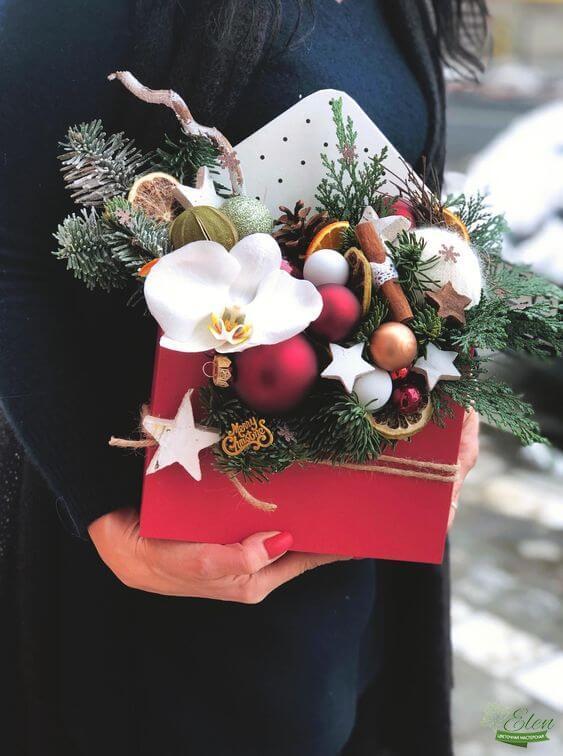 Новогодний конверт с цветами