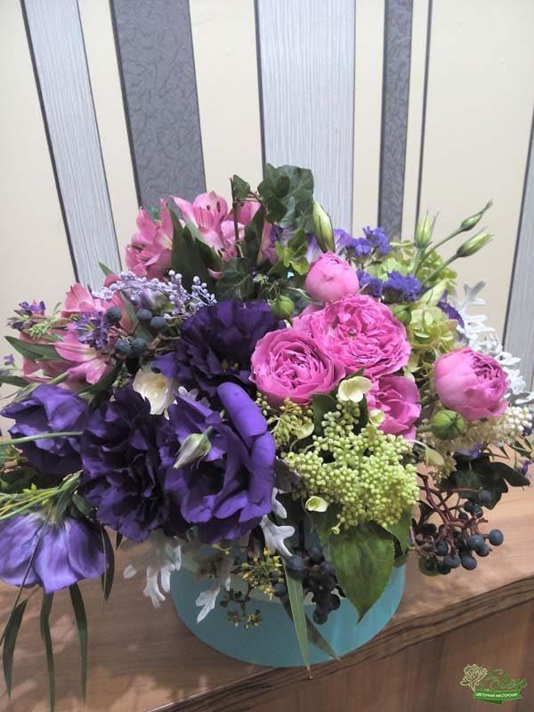 Шляпная коробка с цветами Восторг вип